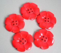 SALE  Lot of 5 Extra Large Flower Buttons  by simplysilverbyheena