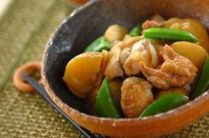 新ジャガと鶏肉の煮物のレシピ・作り方 - 簡単プロの料理レシピ   E・レシピ