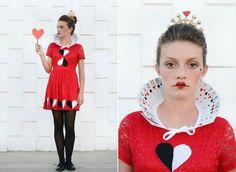 Herzkönigin Kostüm mit Kragen aus Karten