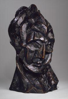 Pablo Picasso / Head of a Woman / 1909 / bronze / The Metropolitan Museum of Art