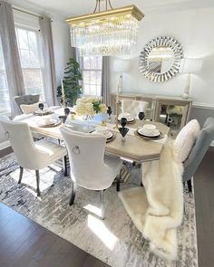 Elegant Dining Room, Beautiful Dining Rooms, Dining Room Design, Dining Area, Inspire Me Home Decor, Trendy Home Decor, Home Interior, Decor Interior Design, Room Setup