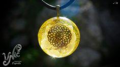 Moonstone Orgonite Pendant Necklace Bronze por UnicArtCreaciones