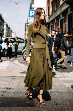Street Style de Milan Fashion Week Primavera Verano 2017 | Galería de fotos 3 de 91 | VOGUE