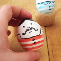 These cute little vintage inspired Easter eggs feature mustache men!