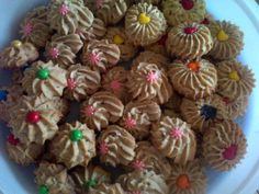 Pecan Puffs (pecan Nut Biscuits) recipe by Naseerah Sayed posted on 21 Jan 2017 . Recipe has a rating of by 1 members and the recipe belongs in the Biscuits & Pastries recipes category Savory Scones, Egg Free Recipes, Pecan Nuts, Candy Cookies, Halal Recipes, Healthy Recipes, Food Categories, Pastry Recipes, Biscuit Recipe
