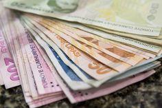 Turkish Lira Weakens as Traders Await Central Bank Rate Decision - Bloomberg Bank Rate, Turkish Lira, Money Jars, Alcohol Detox, Cash Advance, Supreme, Central Bank, Group, Allah