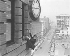 Film and Architecture - Safety Last (Harold Lloyd)