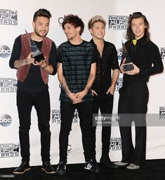 Liam Payne, Louis Tomlinson, Niall Horan and Harry Styles of One Direction pose in the press room at the 2015 American Music Awards at Microsoft Theater on November 22, 2015 in Los Angeles, California.