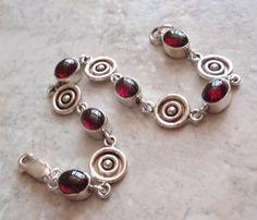Rhodolite Garnet Bracelet Sterling Silver Circle by cutterstone