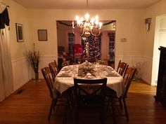 I'm in love with how our #diningroom overlooks our #family #ChristmasTree! It's magical during the day and at night. I'm glad I'm a good cook, otherwise my meal might have been outshined by all of the #sparkle. 😉 I'm ready, #Christmas-let's do this! 😍🎄 #diningroomdecor #diningroomtable #tablescape #tablesetting #christmasdecor #holiday #holidayseason #holidayparty #holidaydecor