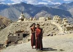 Ladakh is an important province in the state of Jammu and Kashmir. Leh is the capital city of Ladakh. Tourist from all over the world come to Ladakh to indulge in the many adventure sports like trekking, river rafting, mountain climbing, and yak safari. China Travel, India Travel, Leh Ladakh, India Tour, Paradise On Earth, Lhasa, Winter House, Top Of The World, Places To See