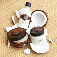 Our Coconut range will lavish your body with moisture and a tropical fragrance. Its bursting with Community Trade organic virgin coconut oil from the island of Samoa, where its cold pressed from fresh coconuts. Coconut Oil Facial, Coconut Oil Lotion, Natural Coconut Oil, Coconut Oil For Acne, Benefits Of Coconut Oil, Organic Coconut Oil, The Body Shop, Body Shop At Home, Body Shop Skincare