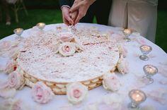 Romantic Tuscan Cakes