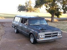 1000 images about long live the suburban on pinterest chevrolet suburban gmc trucks and chevy. Black Bedroom Furniture Sets. Home Design Ideas