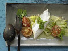 Heilbutt aus dem Ofen mit Limette und Tomaten: Der feine Plattfisch, hier mal exotisch und feurig-scharf, liefert reichlich Jod und Vitamin D.