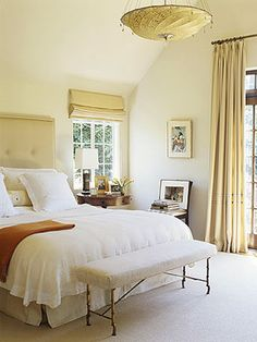 Beautiful Decorating with Cream and White