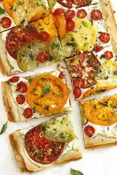 Tomato Ricotta Phyllo Tart Recipe An easy, fresh and flavorful phyllo tart with flaky pastry layers, chopped herbs, fresh heirloom tomatoes and a ricotta spread. Tart Recipes, Appetizer Recipes, Cooking Recipes, Tomato Appetizers, Lasagna Recipes, Steak Recipes, Crockpot Recipes, Chicken Recipes, Athens Food