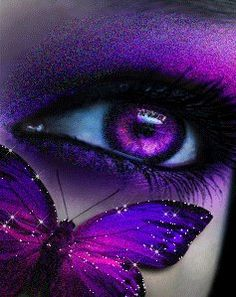 purple eye and butterfly i want contacts this color - Collage journal inspiration - Eye Makeup Purple Love, All Things Purple, Shades Of Purple, Gorgeous Eyes, Pretty Eyes, Cool Eyes, Butterfly Eyes, Purple Butterfly, Butterflies