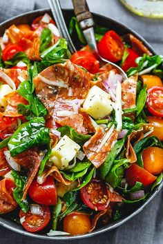 Spinach Salad with Mozzarella, Tomato & Pepperoni - Healthy and delicious, this spinach salad is so simple and perfect for a quick lunch.