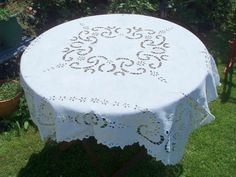 lovely tablecloths