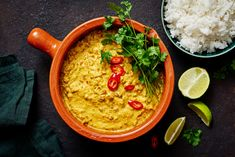 Mifu jauhis rendang eli indonesialainen curry Guacamole, Hummus, Curry, Mexican, Ethnic Recipes, Food, Curries, Essen, Meals