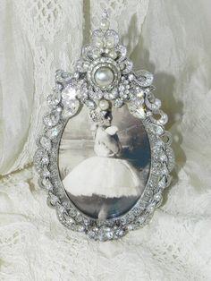 Vintage Jewel Clear Rhinestones & Pearl Photo Picture Frame OOAK Elegant Perfect for Weddings Eisenberg Signed Pieces