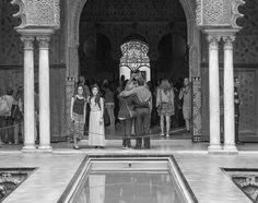 Visitors in the Real Alcázar, 2016. nigrumetalbum.com instagram.com/sashleyphotos