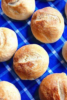 Crusty Bread Rolls Recipe Best Of Crusty European Style Hard Rolls Recipe Crusty Bread Rolls Recipe, Crusty Rolls, Sourdough Rolls, Hard Rolls, Rolls Rolls, Bread Recipes, Cooking Recipes, Cuisines Diy, Food Cakes