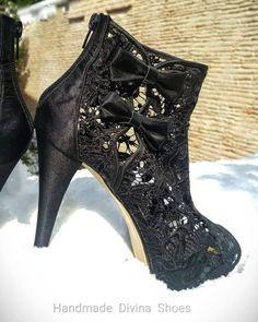 Δαντελενιο χειροποίητο μποτάκι με διαφάνεια Divina! Booty, Ankle, Shoes, Fashion, Moda, Swag, Zapatos, Wall Plug, Shoes Outlet