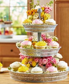 Party Serving Trays and Platters Cupcake Tower 3 Tier Galvanized Buffet Server 3 Tier Serving Tray, Tier Tray, Serving Tray Decor, Food Serving Trays, Picknick Snacks, Pool Party Snacks, Galvanized Decor, Galvanized Metal, Galvanized Tiered Tray