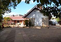 A vendre 2 belles villas piscine à Ambohibao Tananarive | Agence immobilière à Tananarive