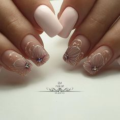 Semi-permanent varnish, false nails, patches: which manicure to choose? - My Nails Cute Nails, Pretty Nails, Hair And Nails, My Nails, New Nail Colors, Wedding Nails Design, Wedding Toes, Halloween Nail Art, Creative Nails