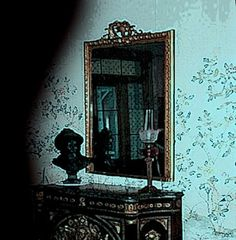 The famous Haunted Mirror of the Myrtles Plantation, just outside Baton Rouge, Louisiana (USA), in the small town of St. Francisville.