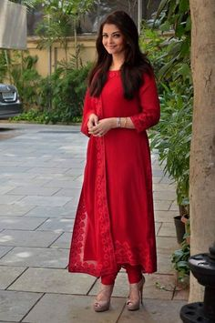 Aishwarya Rai Bachchan in Red Salwar Kameez