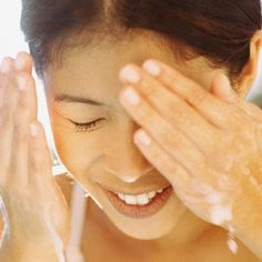 4 Ways to Keep Your Face Fresh This Summer