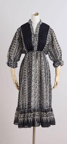 Arcata . vintage 1970s dress . vintage boho by millstreetvintage