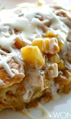 Apple Fritter Breakfast Casserole Recipe ~ layers of flaky croissants, caramelized apples and apple butter all baked to perfection topped with sweet glaze Apple Fritter Bread, Baked Apple Fritters, Apple Fritter Recipes, Apple Cinnamon Bread, Apple Recipes, Apple Desserts, Dog Recipes, Mexican Food Recipes, Beef Recipes