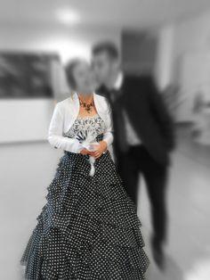 robe de mariée noire et blanche - Occasion du Mariage