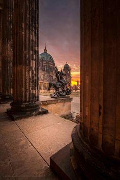 Berlin Berlin, Berlin Wall, Zoo Station, European City Breaks, Brandenburg Gate, Tourist Information, Weekends Away, Capital City, Germany Travel