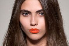 what to wear: a bold summer lip
