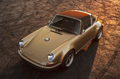 "Porsche 911 (Singer restoration) ~ Mik's Pics ""Era Automobiles ll"" board Porsche 911 Targa, Porsche Carrera, Porsche Logo, Porsche 911 Singer, Porsche Girl, Custom Porsche, Porsche Autos, Porsche Club, Singer 911"