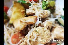 Chicken satay Clean Eating Recipes, Healthy Eating, Eating Clean, Whole Food Recipes, Healthy Recipes, Healthy Meals, Non Processed Foods, Bodybuilding Recipes, Chicken Satay