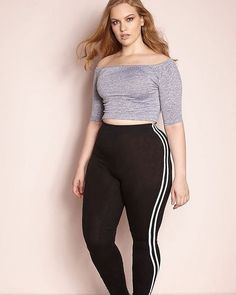 "Ariana Sportbekleidung für Frauen One and Only"" 2 Stripe Leggings -FINAL Curvy Outfits, Plus Size Outfits, Fashion Outfits, Fashion Trends, Fashion Top, Look Plus Size, Plus Size Women, Fall Outfits For Work, Outfits For Teens"