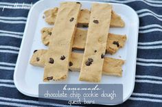 Pass the Fresh: Homemade Chocolate Chip Cookie Dough Quest Bars