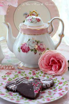 Aiken House & Gardens: Tea Time ~ A Year in Review