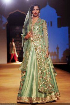 Ashima & Leena's https://www.facebook.com/pages/Ashima-Leena/110771295676156 Aalap Bridal Collection at Aamby Valley IBFW 2013