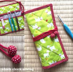 chick chick sewing: Handmade crochet hook case for the young crocheter♪ 手作りかぎ針ケースをプレゼントしました♪