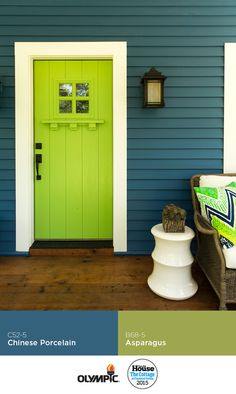 Fabulous Front Door! Welcome guest with a front door painted a bold paint color like Asparagus green by Olympic®  Paints! The siding is painted in Chinese Porcelain. Photo: Deborah Whitlaw Llewellyn