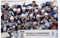 Team Finland celebrate after winning the world championship at the of the 2016 IIHF World Junior Ice Hockey Championship final match Finland vs Russia in Helsinki, Finland, on January 5, 2016. Finland won 4-3 in overtime. AFP/Lehtikuva/ Markku Ulander