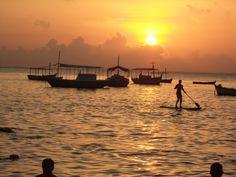 Praia Do Porto da Barra. Salvador de Bahía, Brasil Celestial, Sunset, Awesome, Places, Outdoor, Bahia, Porto, Tattoo, El Salvador
